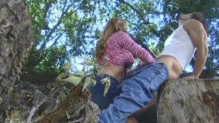 se faire sucer dans les bois