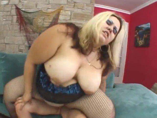 baiser une grosse blondasse