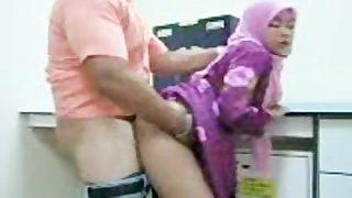 amatrice arabe baisée par son patron au koweit
