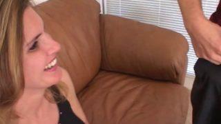 Video d'une Milf à gros seins bien chaudasse