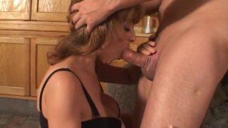 baiser avec une salope de 45 ans